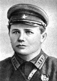 Єрьоменко Андрій Іванович (1892–1970), у 1935–37 рр. — заступник командира, 1937–38 — командир 14-ї кавалерійської дивізії, Маршал Радянського Союзу (1955), Герой Радянського Союзу (1944)
