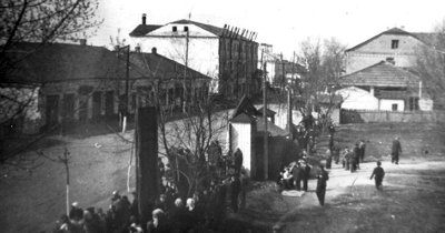 Вулиця Леніна (колишня Корецька, нині — Шевченка). Фото 1955 року