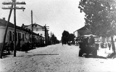 Вулиця Леніна (колишня Корецька, нині — Шевченка). Фото 1950-х років