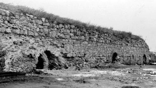 Залишки стін Звягельського замку (фото 70-х р. ХХ ст.)