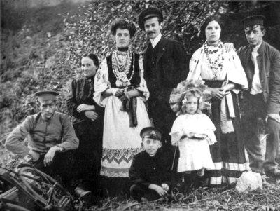 Фото жителів Новограда-Волинського роботи П.Д.Вєріна, поч.ХХ ст.