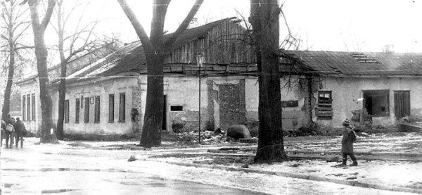 Будинок Завадських, в якому жили Косачі. Фото 90-х років ХХ ст.