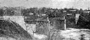 Зруйнований міст через р.Случ на Житомирському шосе в 1919-20 рр. (з меморіальної книги «Звіл»)
