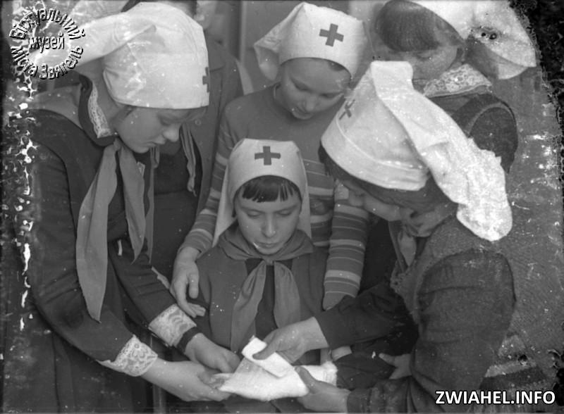 Школа №5: навчання медсестринській справі (?)